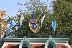 Disneyland_Entrance