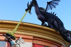 Lego_Store_Dragon_2